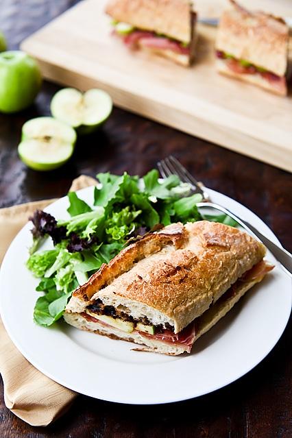Fig Apple Prosciutto Baguette